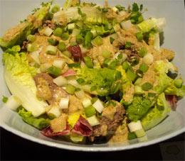 Photo: Warm chicken liver salad